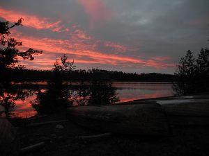 esnagami-lake-shore-at-night